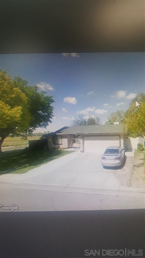 , Fresno, CA 93725