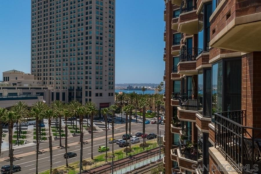 Photo of 500 W Harbor Drive 708