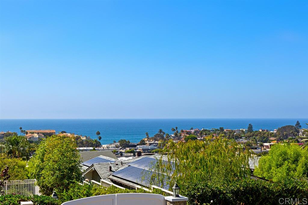 308 Corto Solana Beach, CA 92075