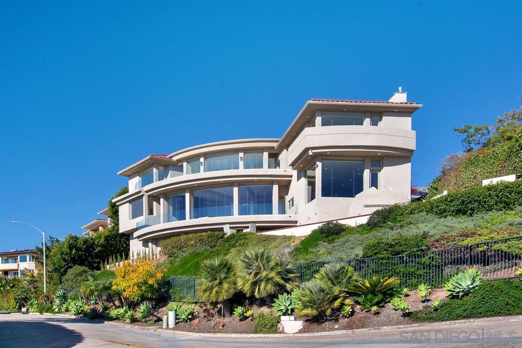 1532 Loring St San Diego, CA 92109