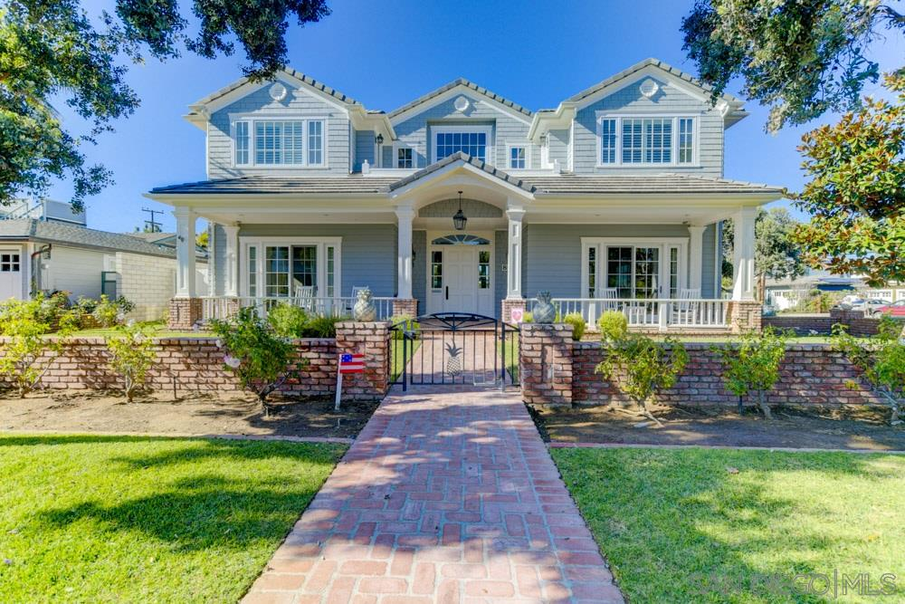 800 Country Club Ln, Coronado, CA 92118