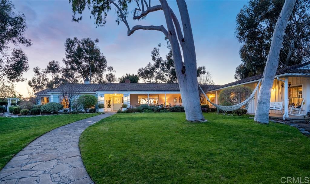 17458 Los Morros Rancho Santa Fe, CA 92067