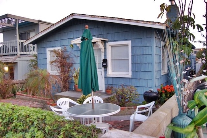Photo of 719 Jersey Ct, San Diego, CA 92109