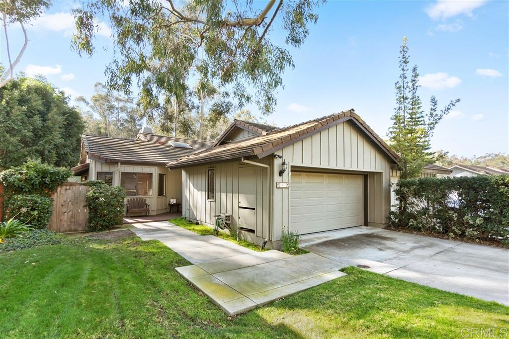Photo of 2893 Woodridge Cir, Carlsbad, CA 92008