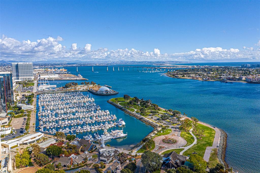 700 W Harbor Dr 2105, San Diego, CA 92101