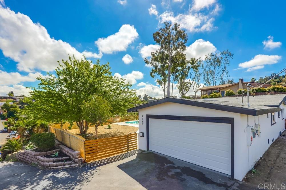 9130 Westhill Rd, Lakeside, CA 92040