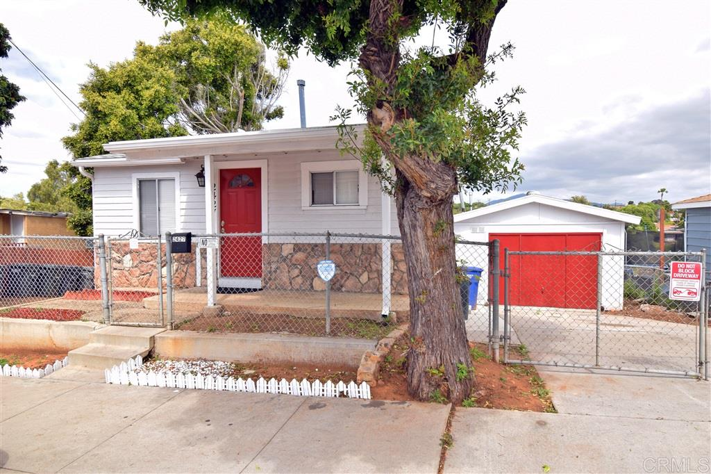 2427 Van Ness Ave, National City, CA 91950