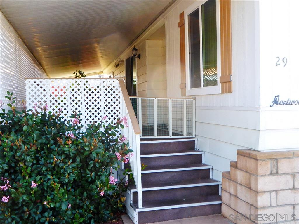 91913 2 Bedroom Home For Sale
