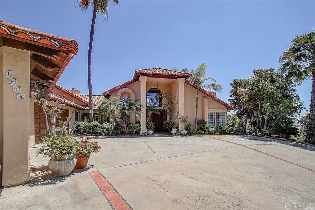 1604 Kings Way, Vista, CA 92084
