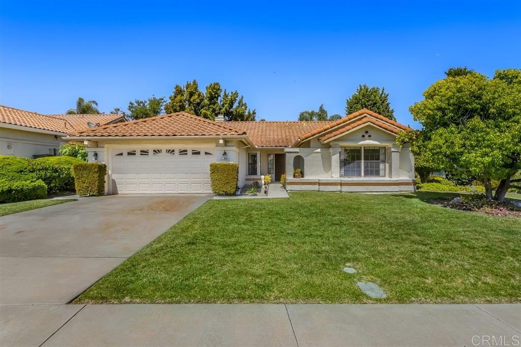 2022 Balboa Circle, Vista, CA 92081