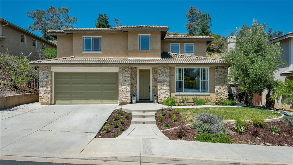 692 Saddleback Way, San Marcos, CA 92078
