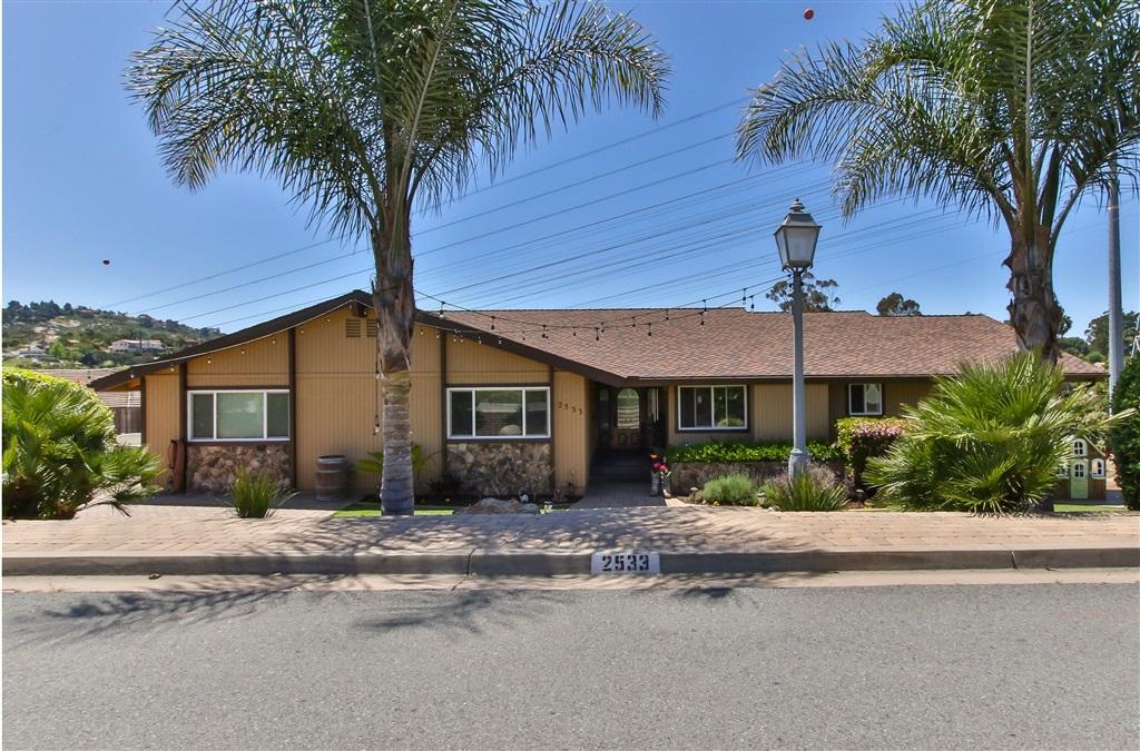 2533 Singing Vista Way, El Cajon, CA 92019
