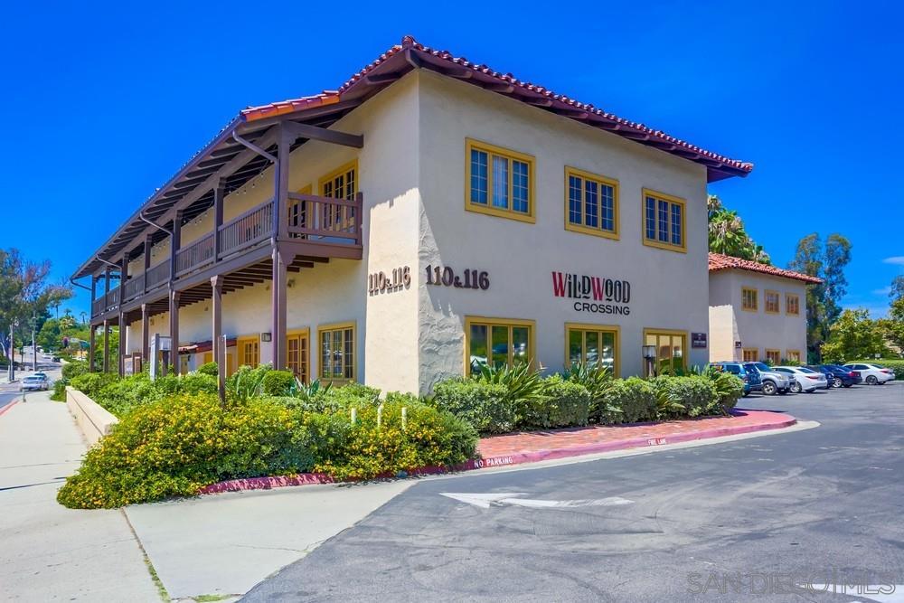 110-206 Civic Center Dr, Vista, CA 92084