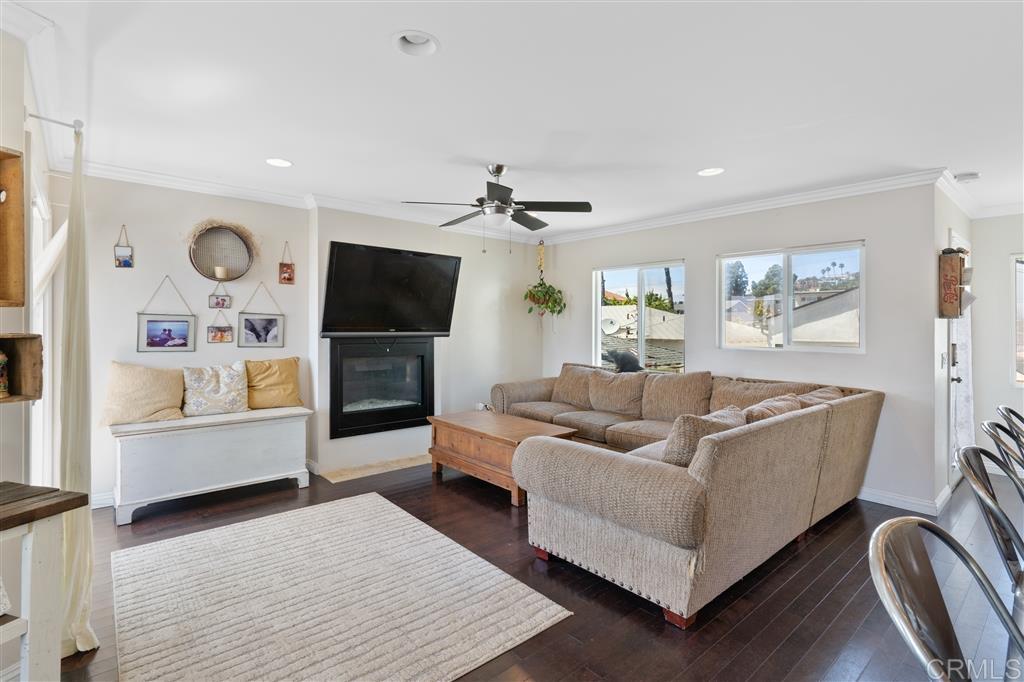 1653 Chalcedony Street, San Diego, CA 92109