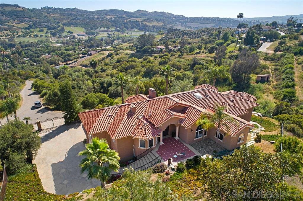 31396 Eagles Perch Ln, Bonsall, CA 92003