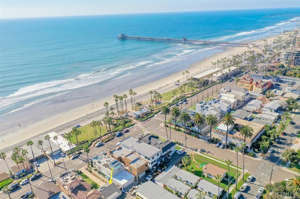 212 S Pacific St, Oceanside, CA 92054
