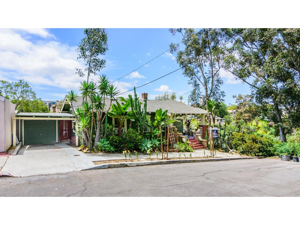 821 W Montecito Way, San Diego, CA 92103
