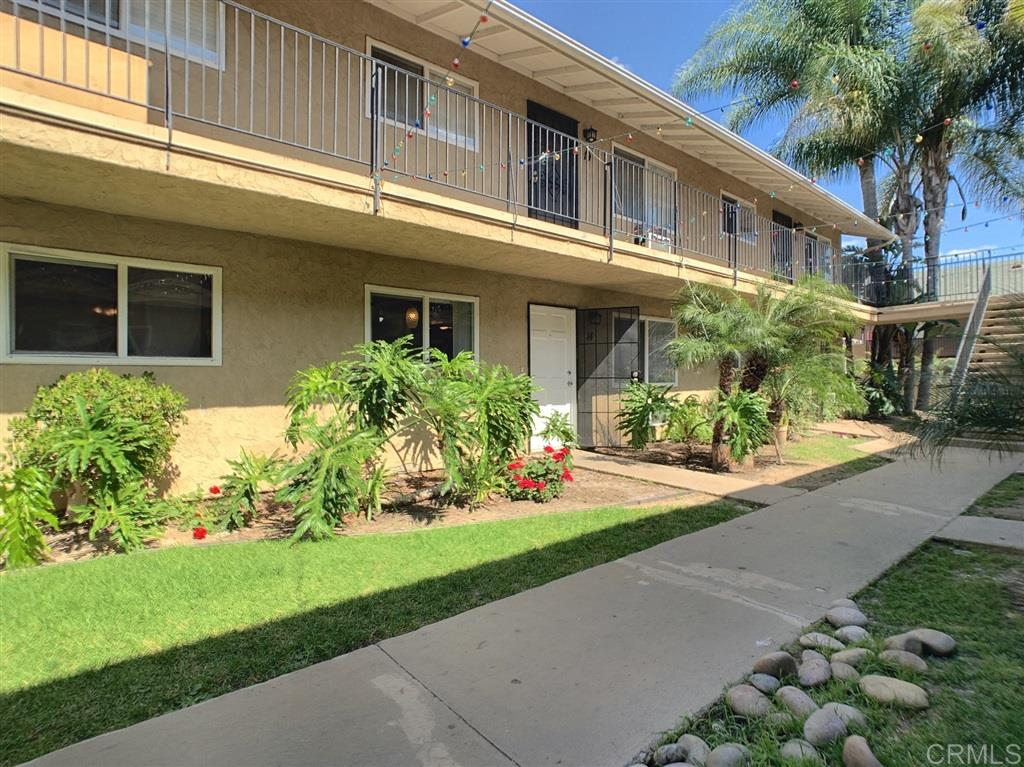 12805 Mapleview Street 14, Lakeside, CA 92040