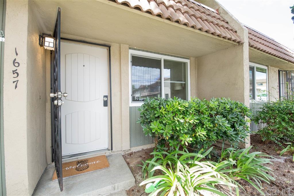 1657 Rue De Valle, San Marcos, CA 92078