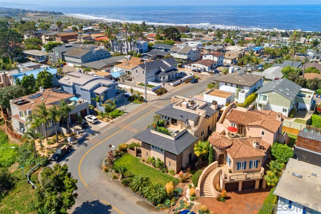 520 Liverpool Dr, Cardiff by the Sea, CA 92007