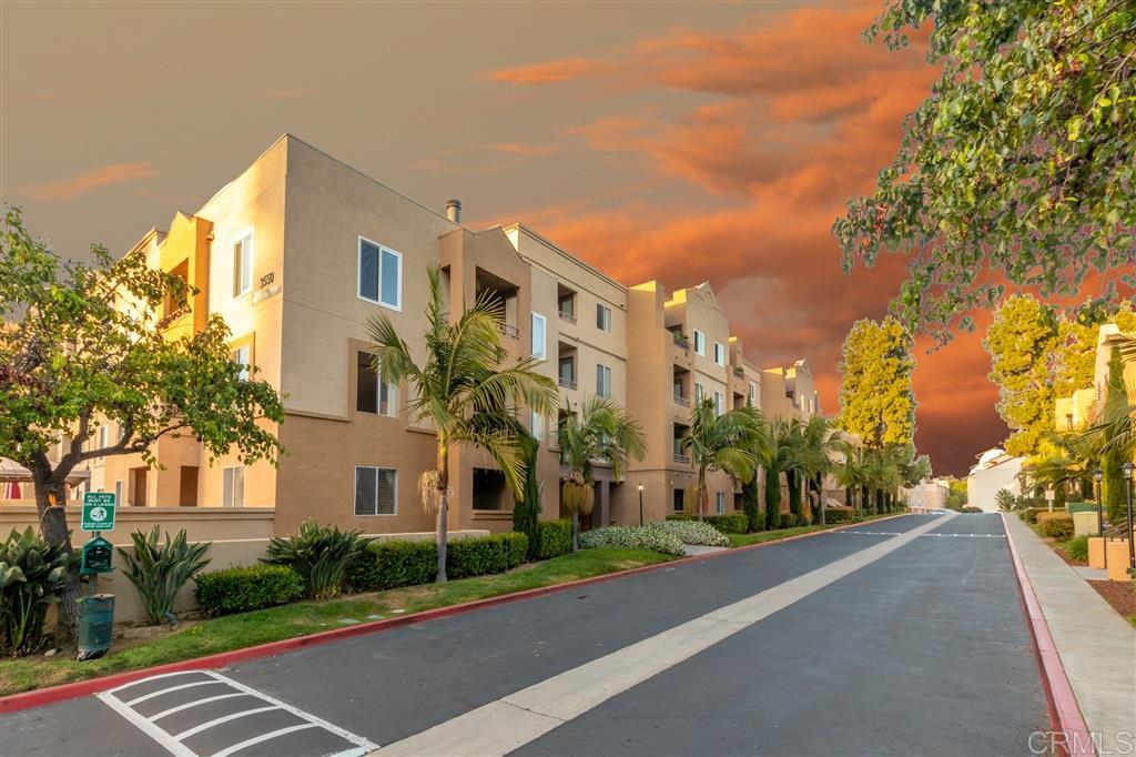 3550 Lebon Dr 6123, San Diego, CA 92122