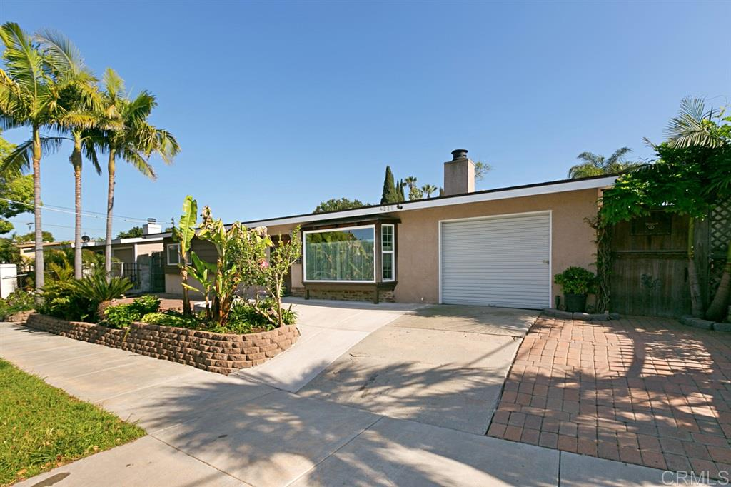 4221 Thomas St, Oceanside, CA 92056