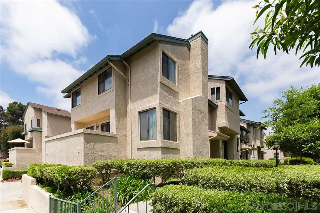 9915 Paseo Montril, San Diego, CA 92129