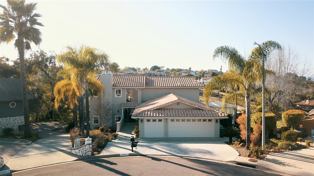 10903 Rim Rd, Escondido, CA 92026
