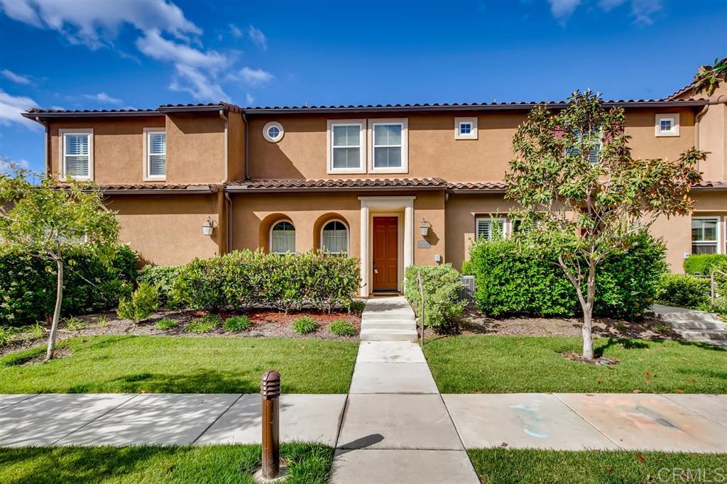 17010 Calle Trevino UNIT 9 San Diego, CA 92127