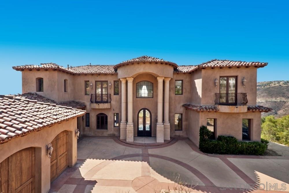 18121 El Brazo, Rancho Santa Fe, CA 92067