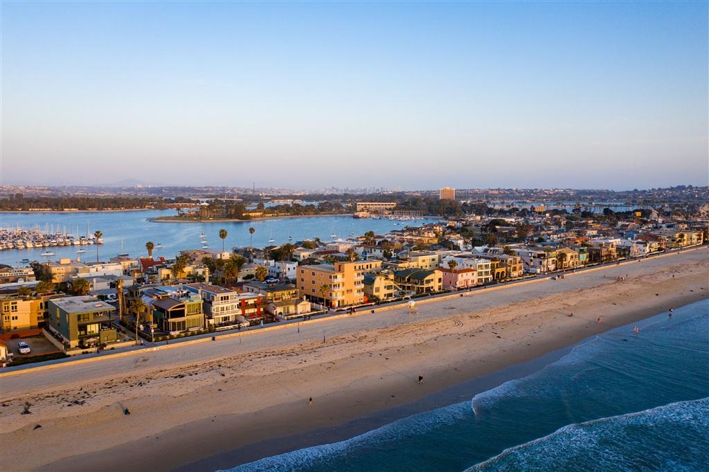 3443 Ocean Front Walk F, San Diego, CA 92109