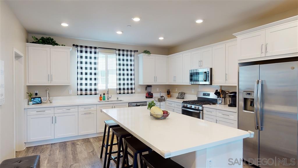 1826 Mint Terrace 5, Chula Vista, CA 91915