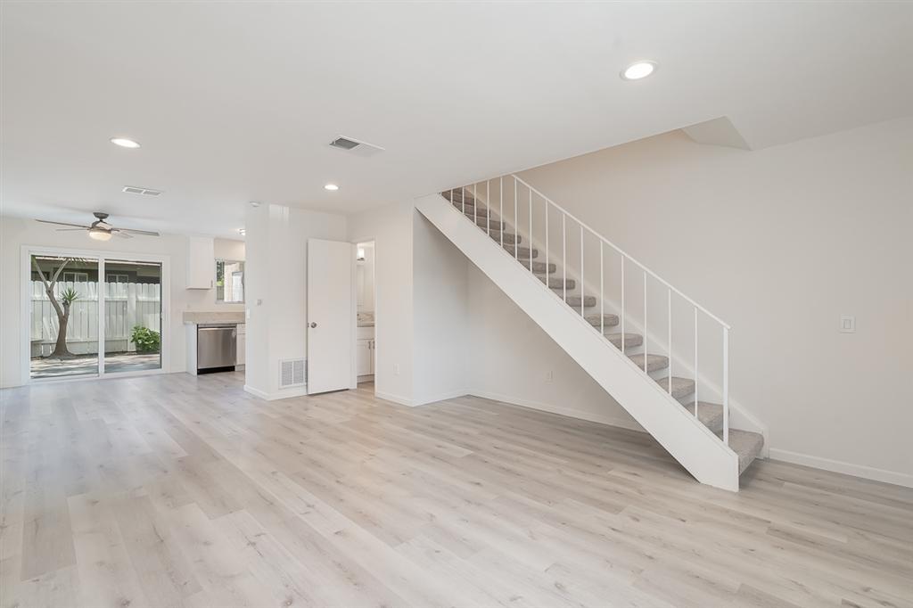 528 Margie Place, San Marcos, CA 92078