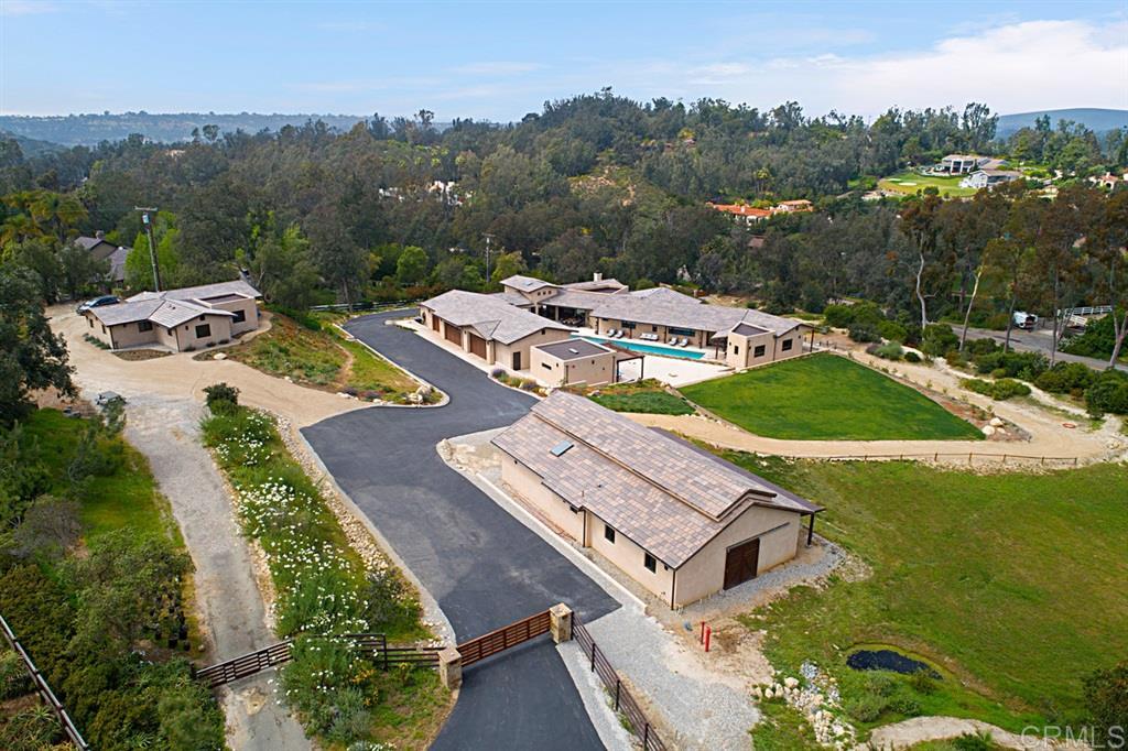 15658-60 El Camino Real, Rancho Santa Fe, CA 92014
