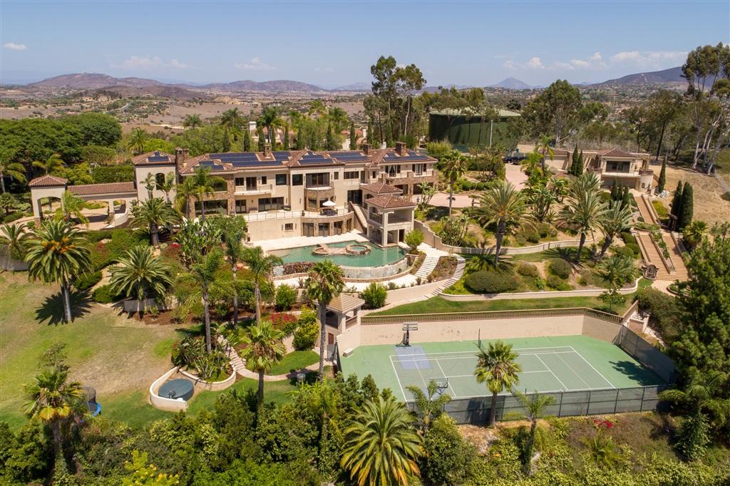 17261 Circa Oriente, Rancho Santa Fe, CA 92067