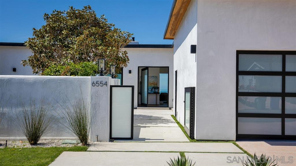 6554 Manana Place, La Jolla, CA 92037