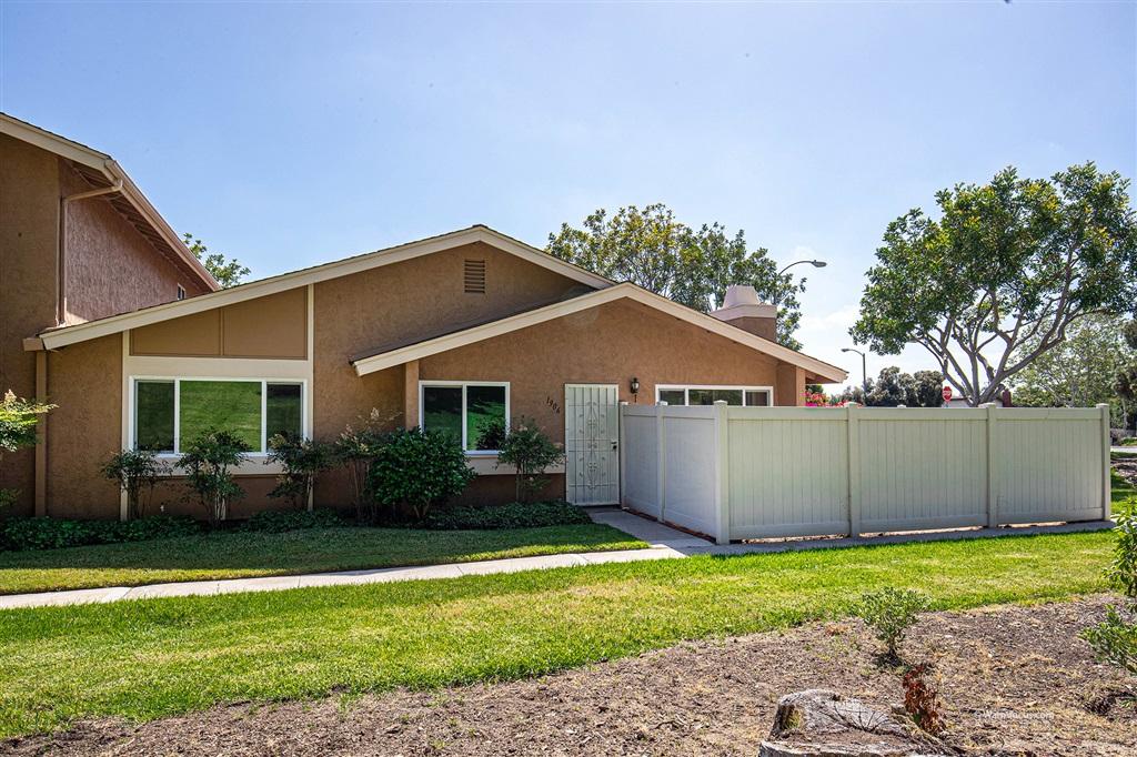 1906 Parkdale Lane, Encinitas, CA 92024