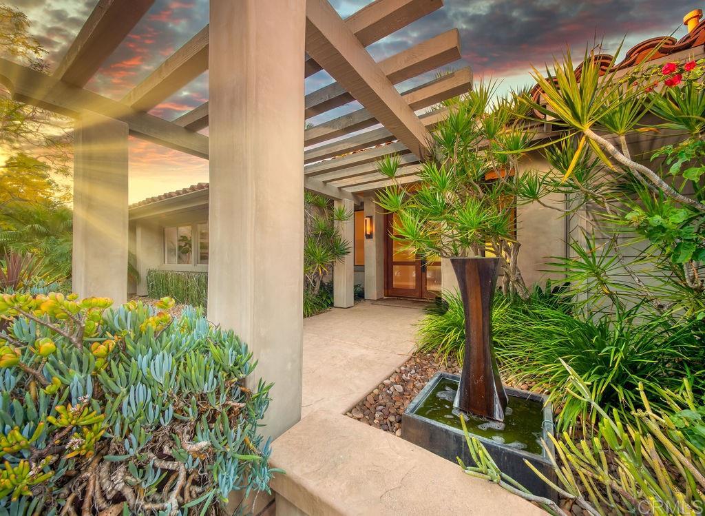 16969 Mimosa Pl, Rancho Santa Fe, CA 92067
