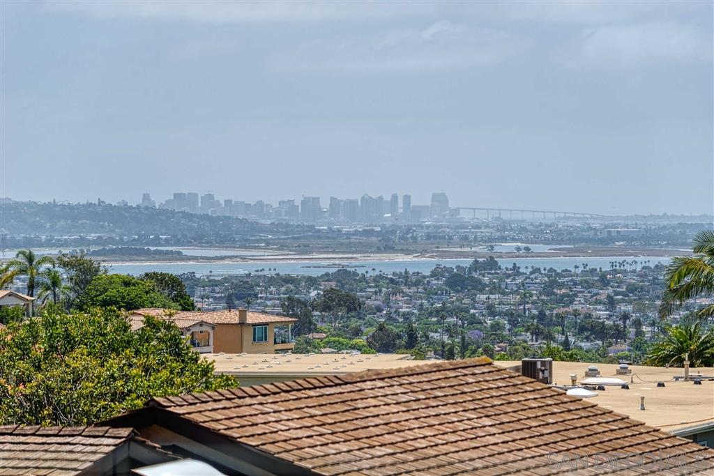 1615 Bahia Vista Way, La Jolla, CA 92037