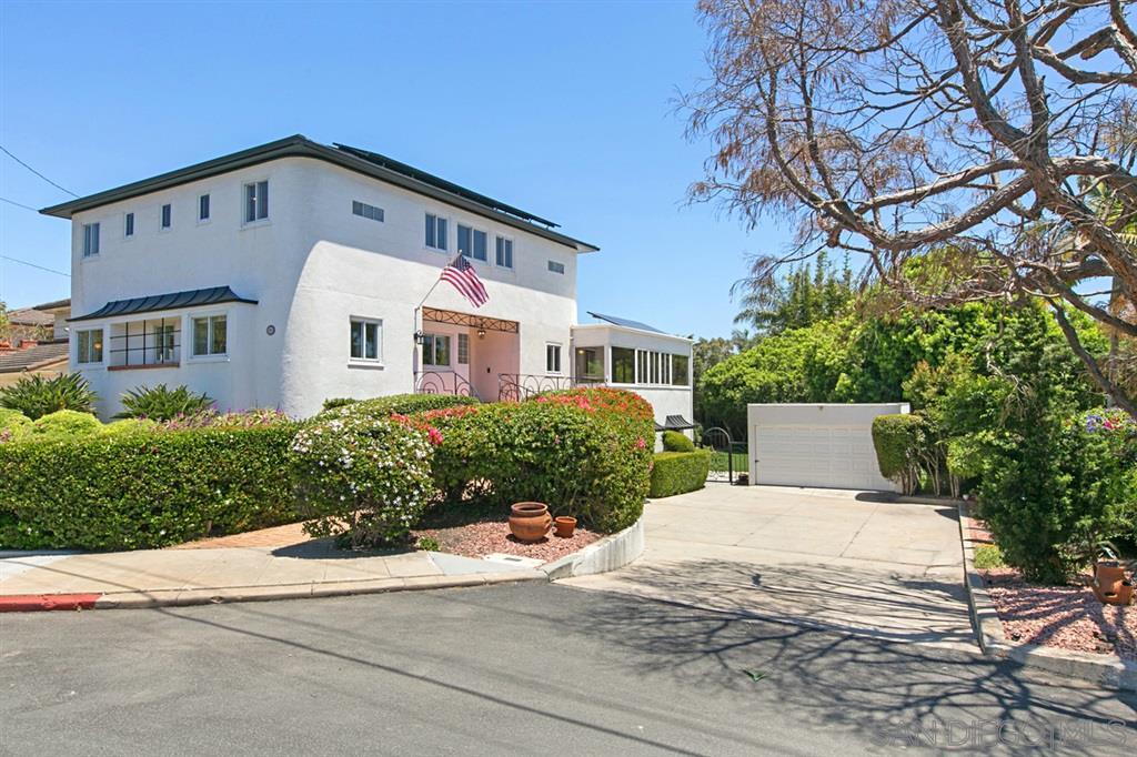 2355 Willow St, San Diego CA 92106