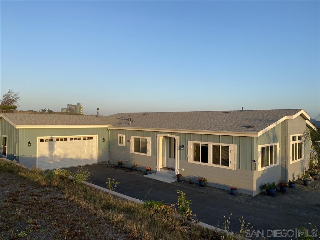 2904 Hill Valley Drive, Escondido, CA 92029
