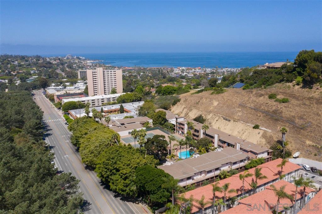 2630 Torrey Pines E23, La Jolla, CA 92037