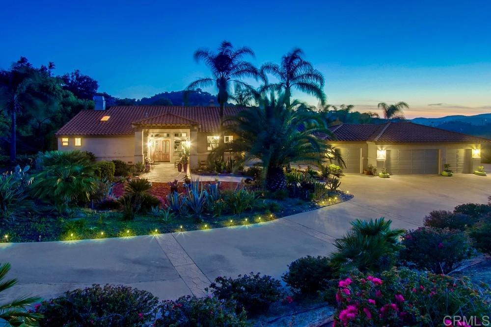 14194 Ridge Ranch Ct, Valley Center, CA 92082