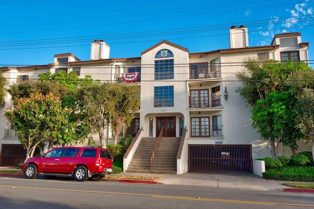1263 Robinson Ave 24, San Diego, CA 92103