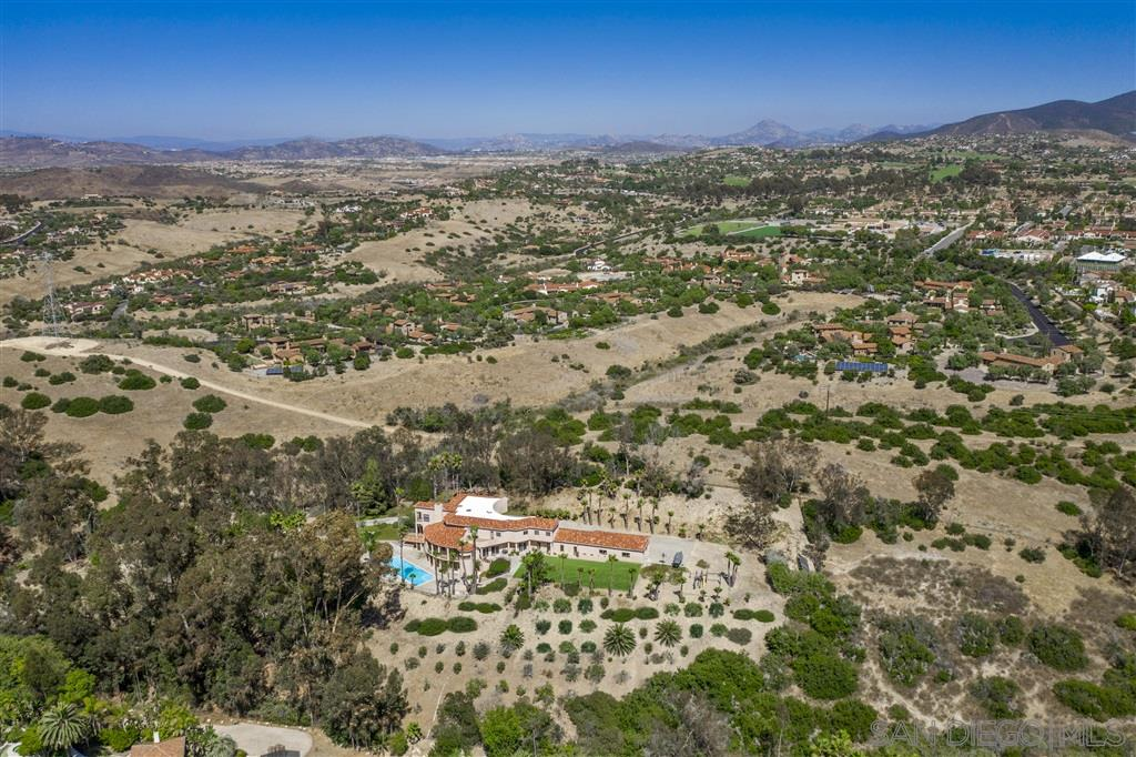 17398 Calle Serena, Rancho Santa Fe, CA 92067