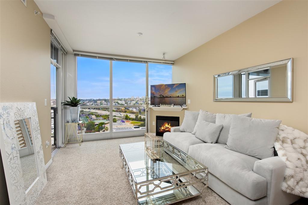 300 W Beech 1705, San Diego, CA 92101