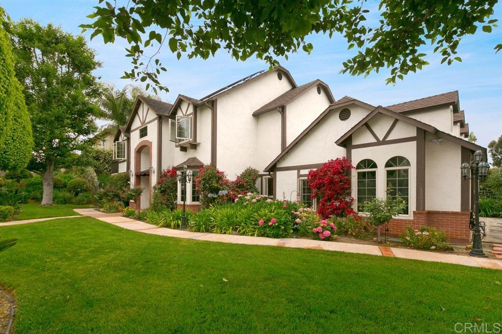 2532 Abedul Street, Carlsbad, CA 92009