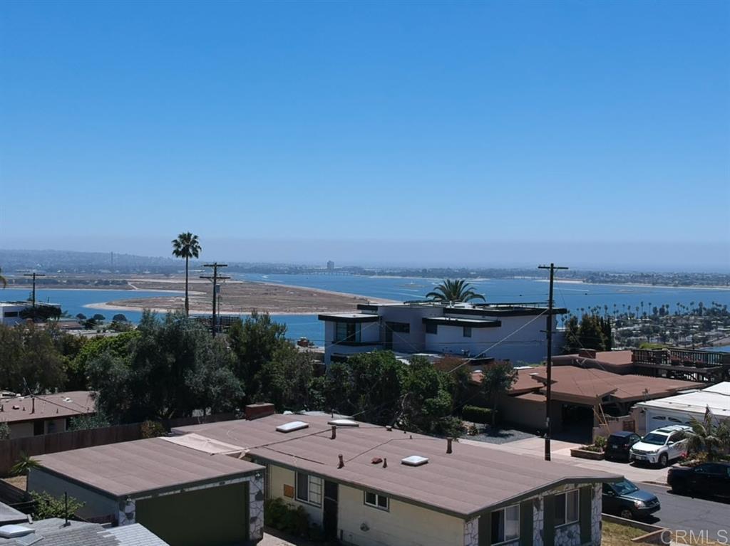 3753 Crete St, San Diego, CA 92117