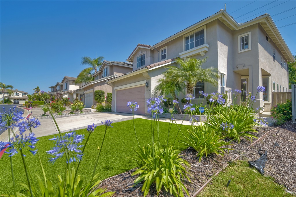 11574 Village Ridge Rd San Diego, CA 92131