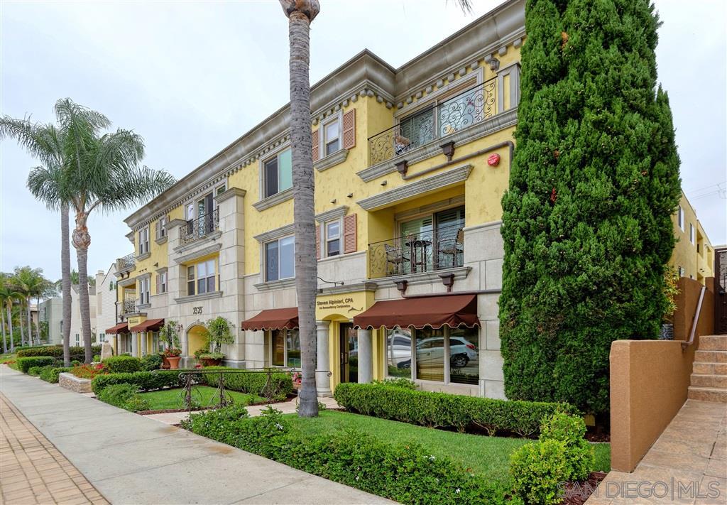 7575 Eads Ave 302, La Jolla, CA 92037
